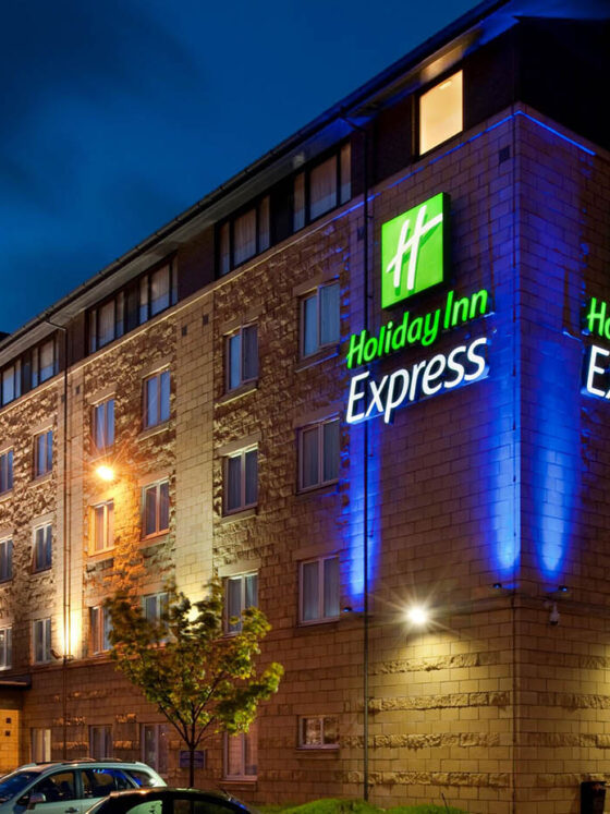 Holiday Inn Fit Out Edinburgh JAD Joinery